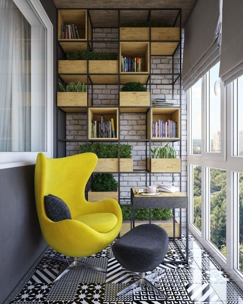 Мягкое кресло на балконе